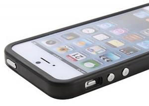 Бампер чехол для iPhone 5 черный полиуретановый