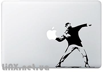 Наклейка на MacBook толкание ядра