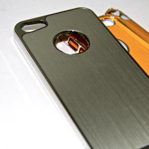 Chexol-dlya-iphone-5