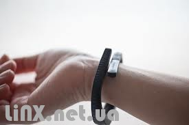 Jawbone up 2 на руке