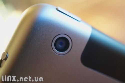 9ipad-camera-r